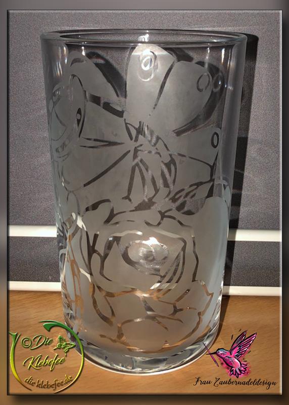 Glas mit Ätztecrem verschönert.